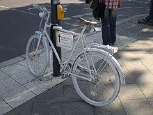 A ghost bike in Berlin. (Image via Wikipedia.)