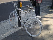 A ghost bike in Berlin. (Image via Wikipedia.)